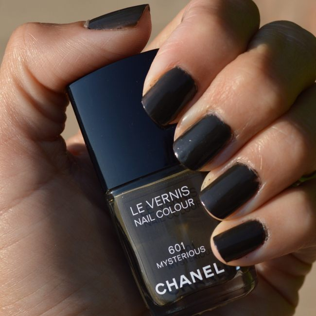 Chanel Mysterious nail polish fall 2013 review – Bay Area Fashionista