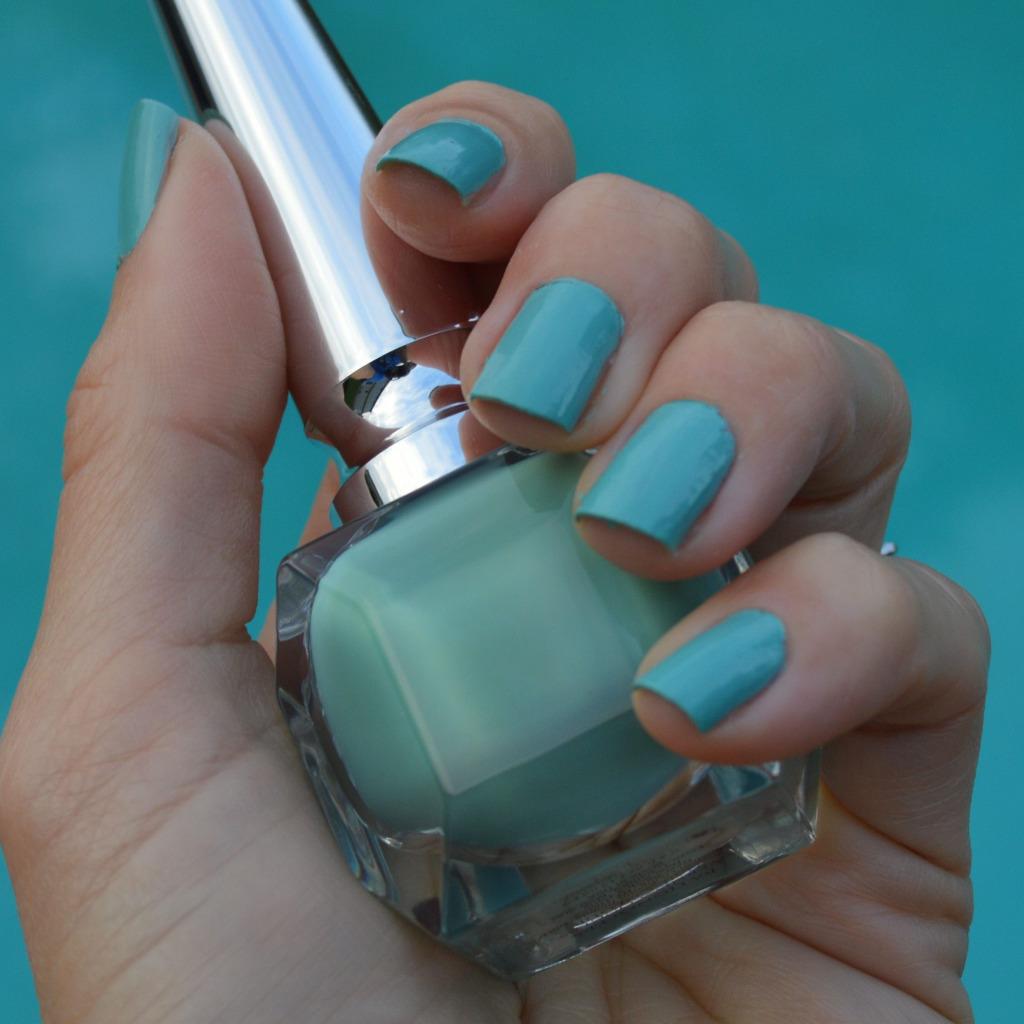 christian louboutin batignolles nail polish