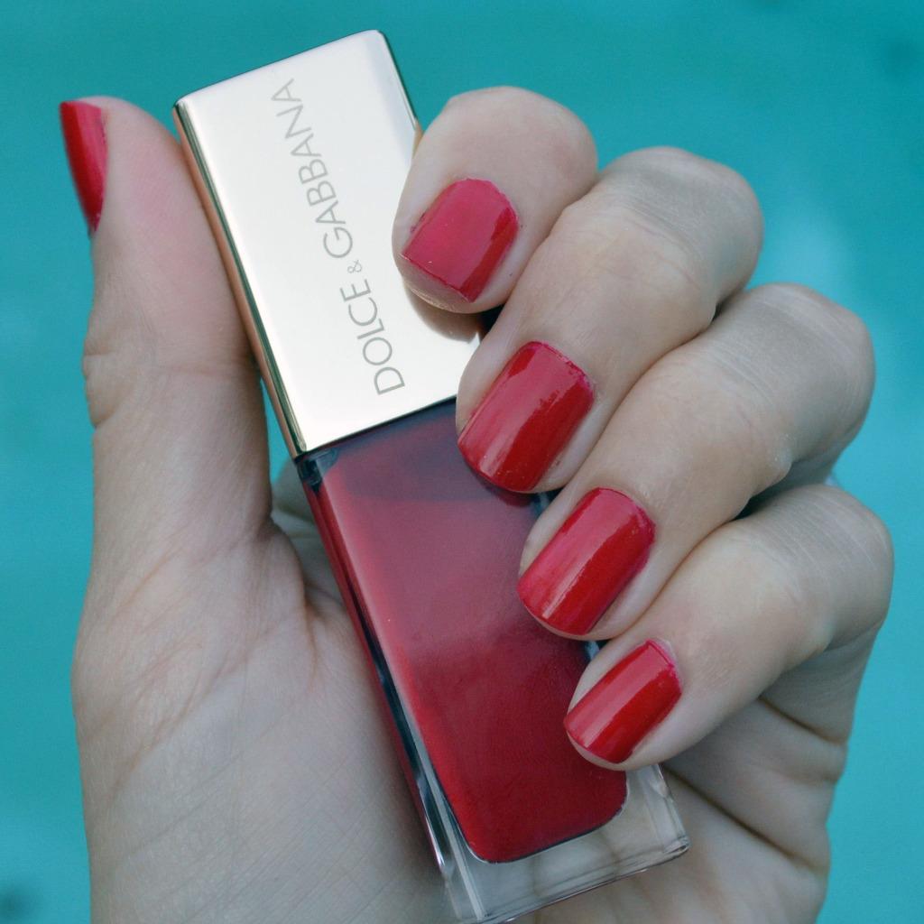 dolce gabbana lover nail polish