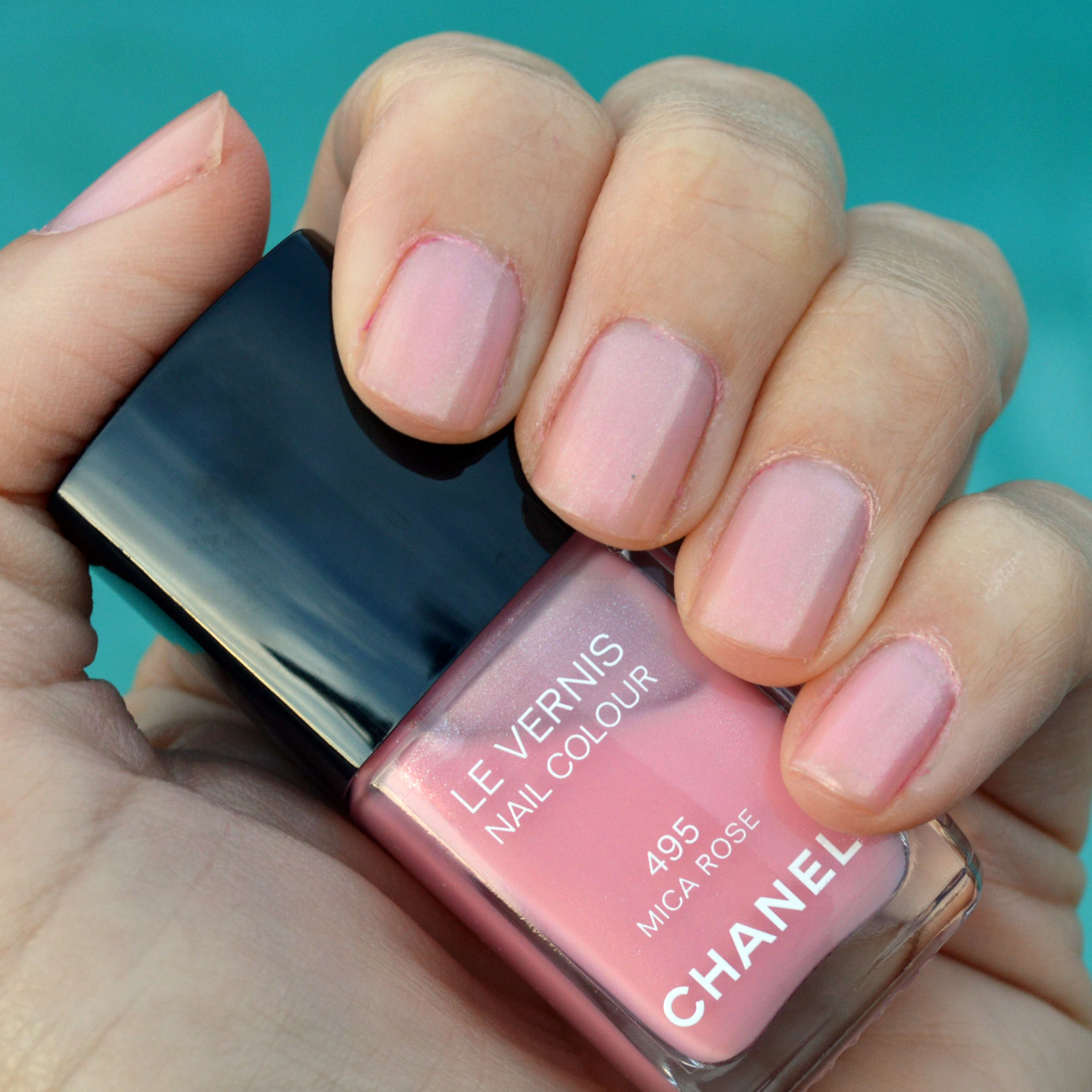 Chanel Mica Rose nail polish review – Bay Area Fashionista