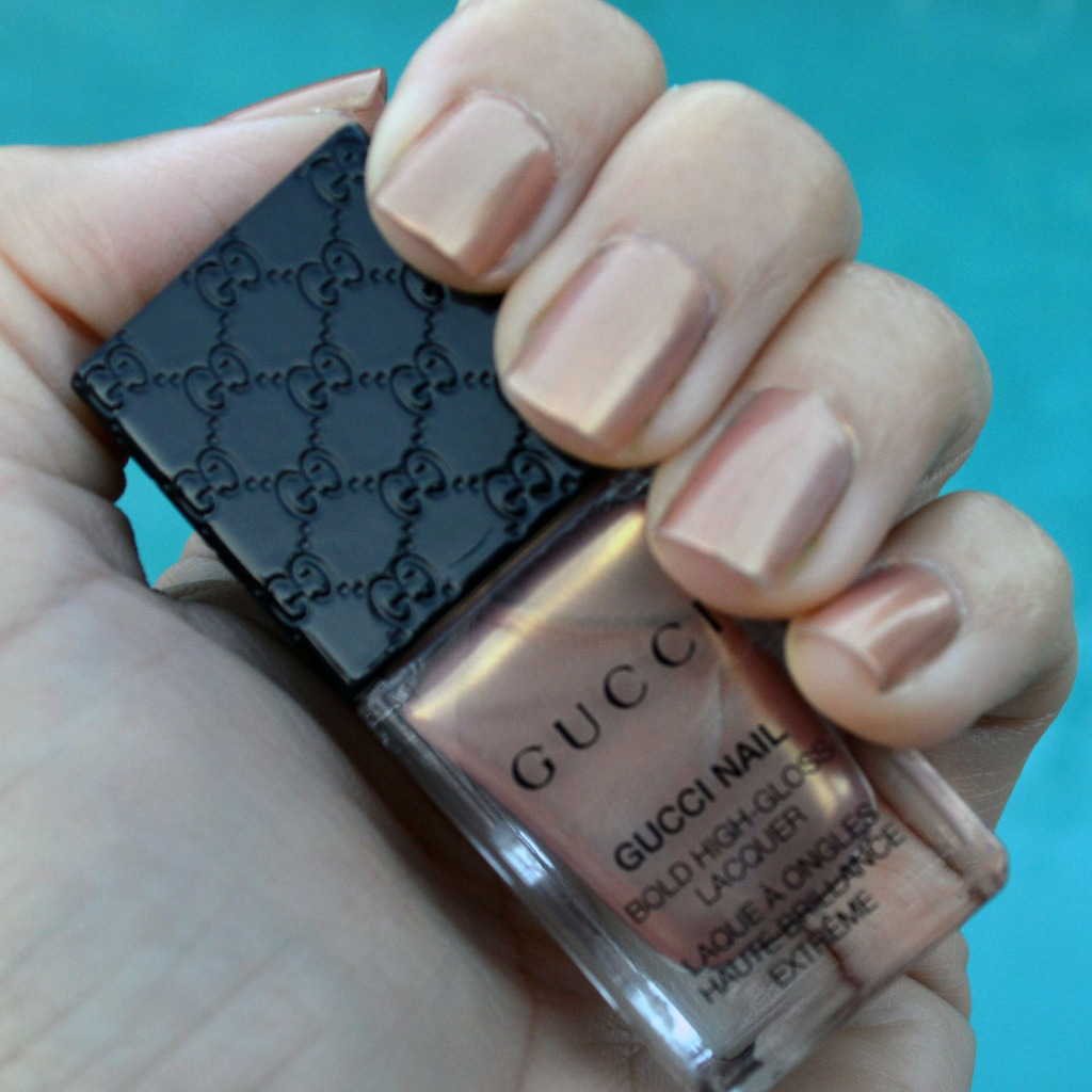 gucci metallic sand