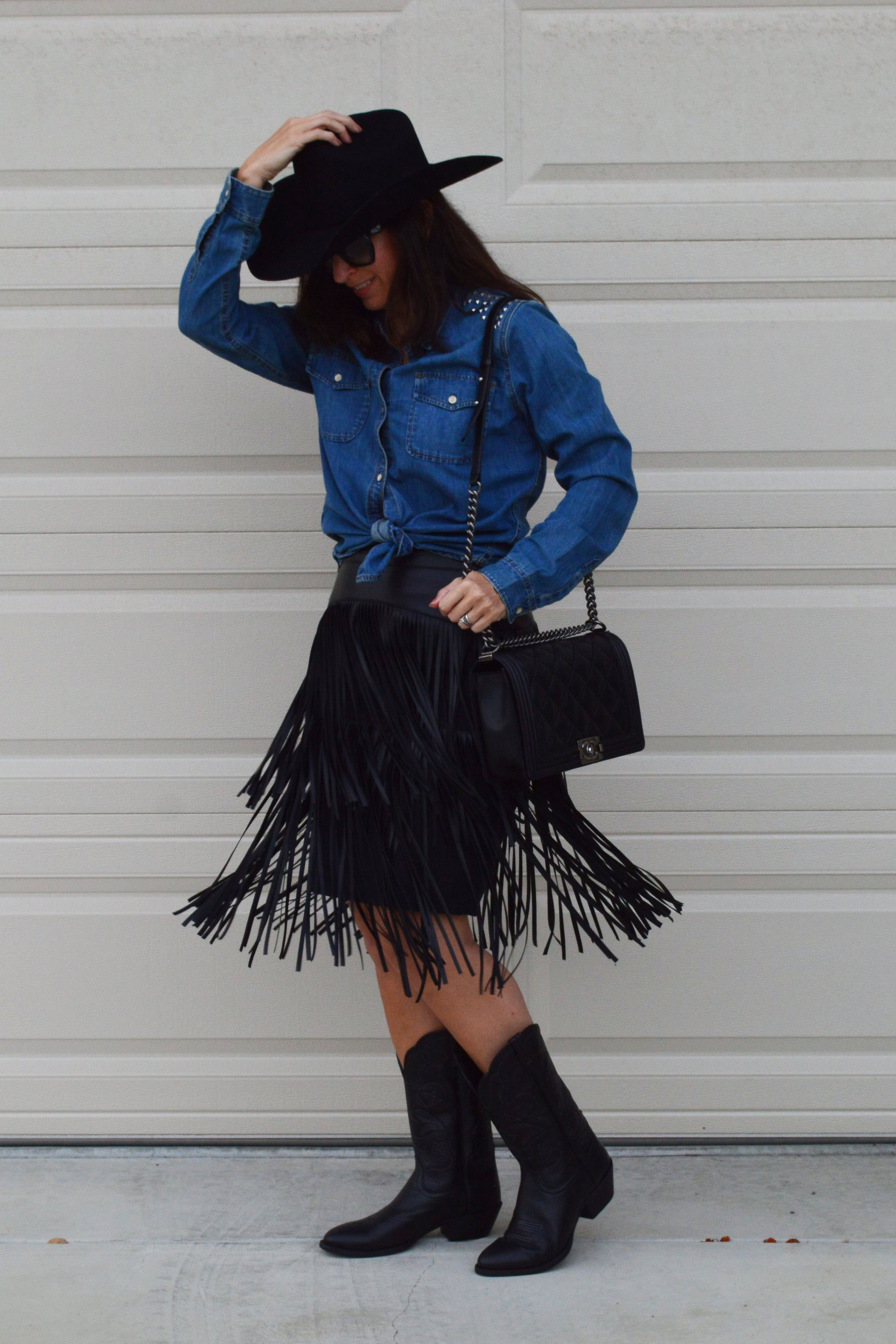 western costume idea woman girl ... & Western cowgirl costume u2013 Bay Area Fashionista