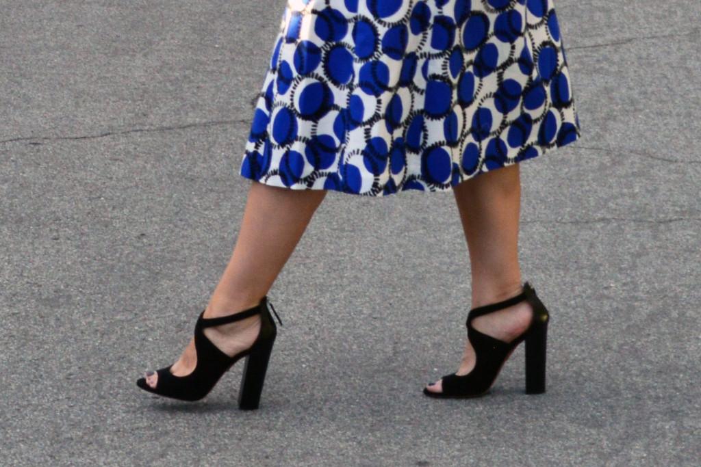 aquazurra black block heel sandals outfit idea