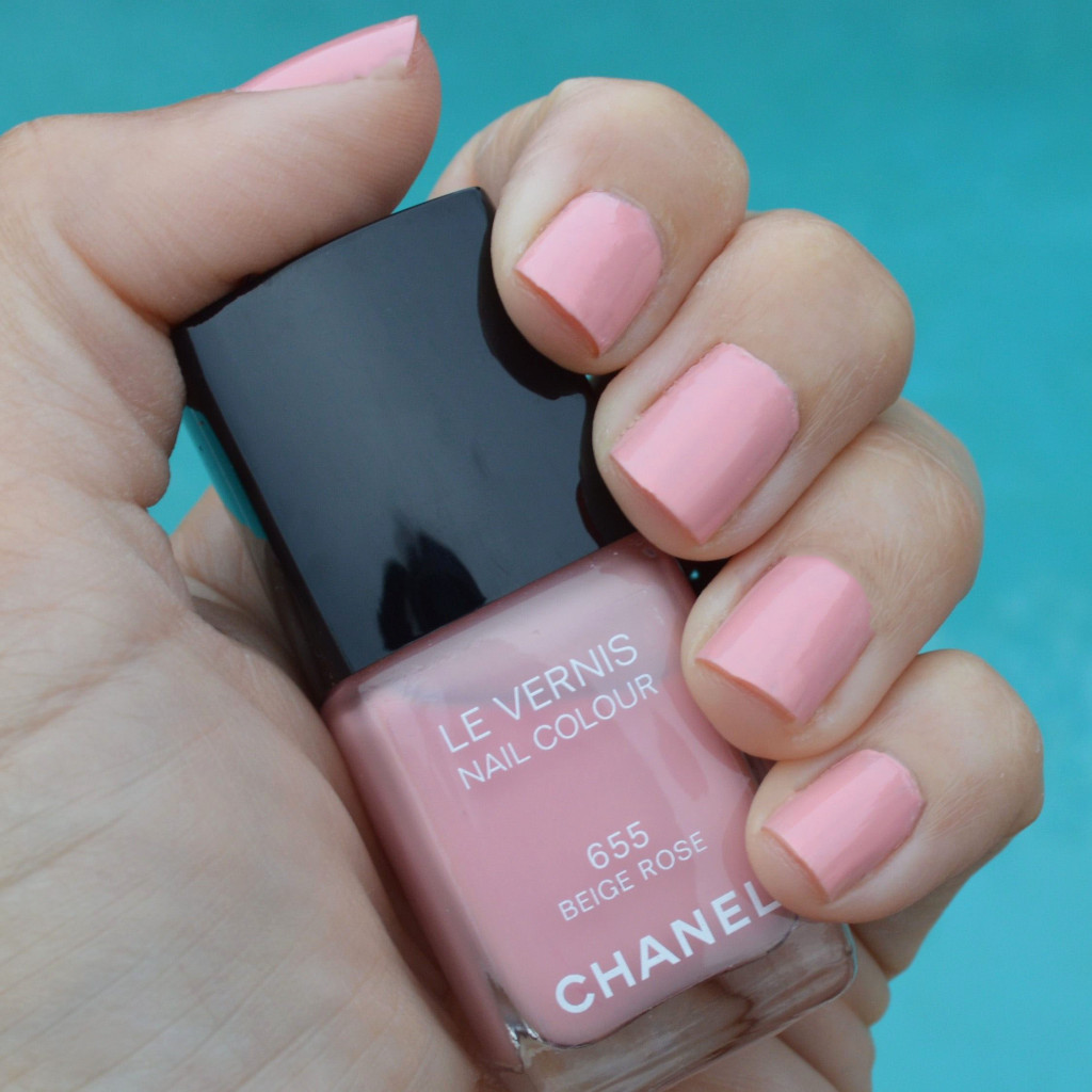 chanel beige rose nail polish summer 2015 les beiges review