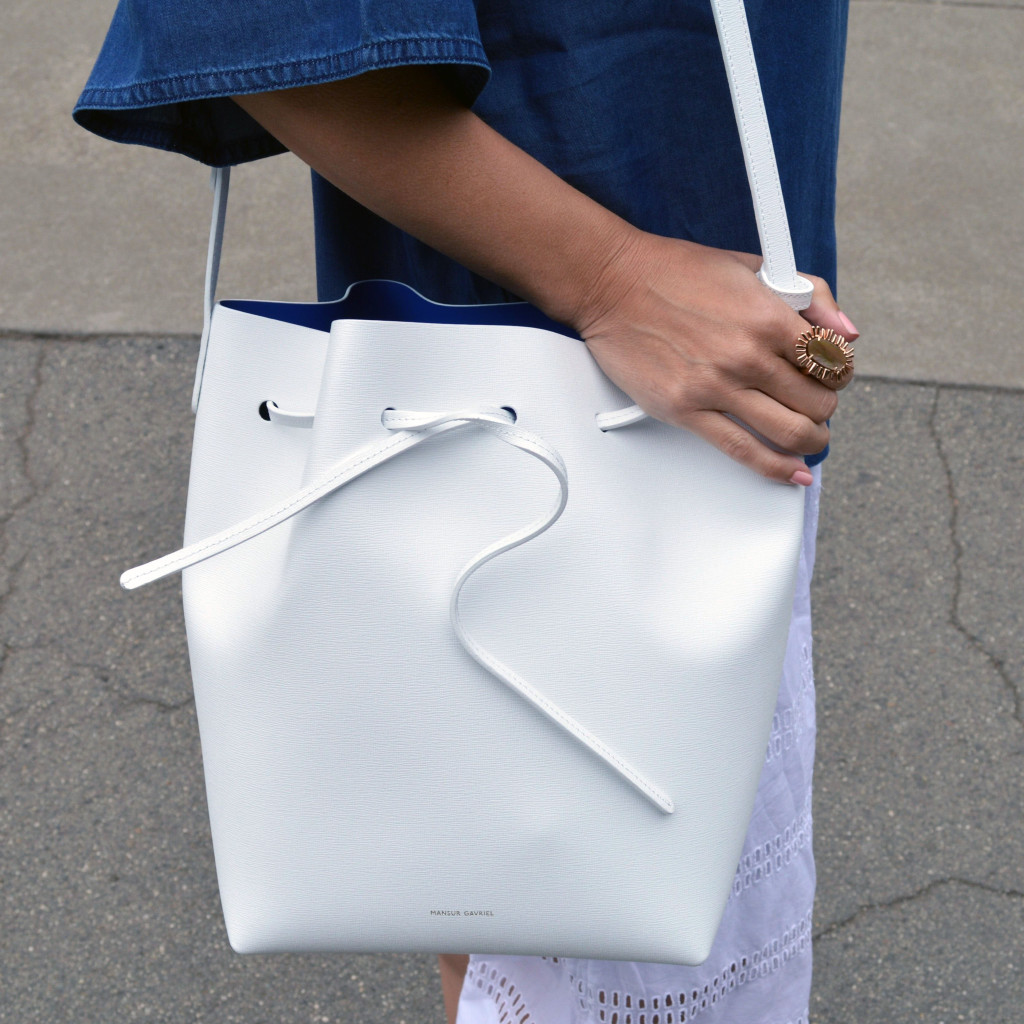 white mansur gavriel with royal bucket bag outfit style blogger