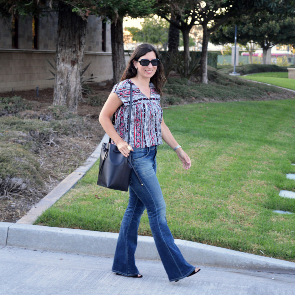 late summer early fall casual outfit idea on trend