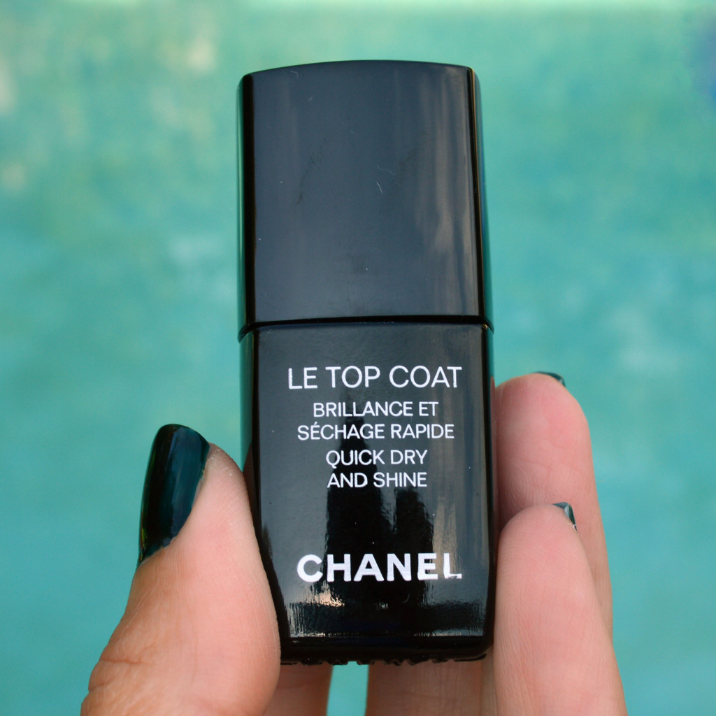chanel le top coat nail polish review