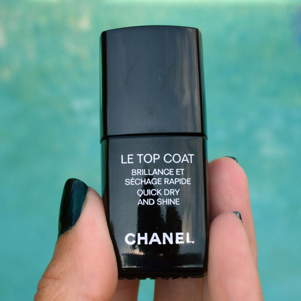 chanel le top coat nail polish review