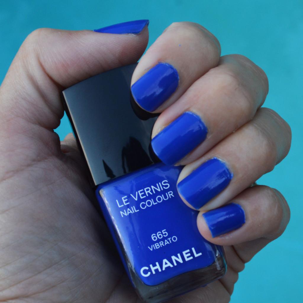 chanel vibrato nail polish fall 2015