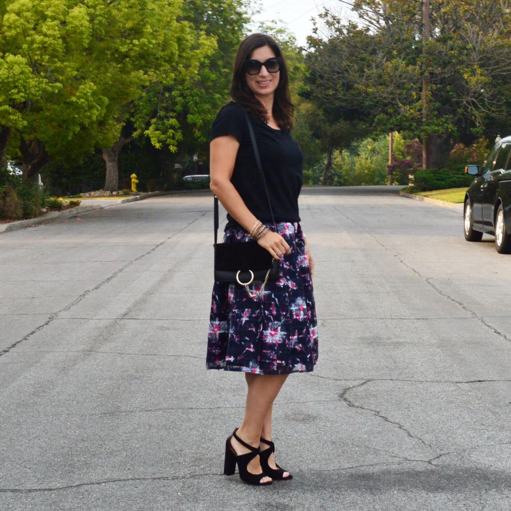 midi skirt outfit idea for fall