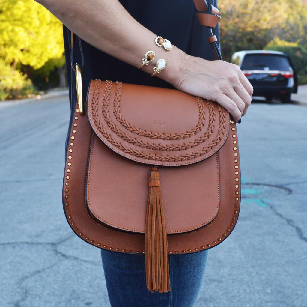 chloe elsie shoulder bag medium - hudson small leather shoulder bag, beige, size: s - chloe