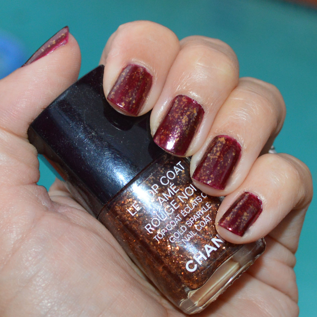 chanel le top coat lame rouge noir holidays 2015 with flash