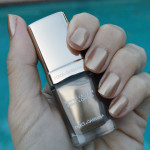 dolce and gabbana antique gold nail polish review