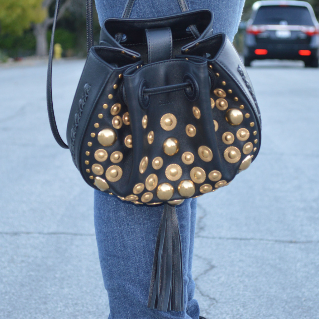 chloe inez handbag in black leather with studs