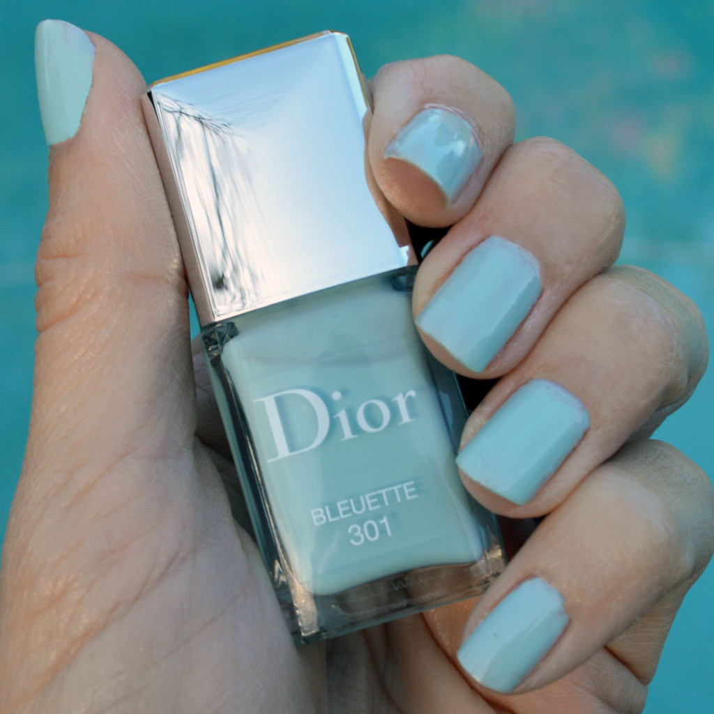 Nail Colours Spring 2016: Dior Bleuette Nail Polish For Spring 2016 Review