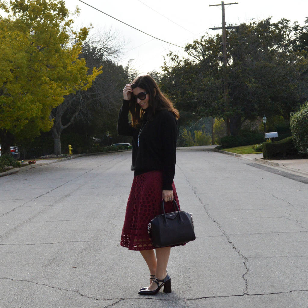 winter midi skirt outfit