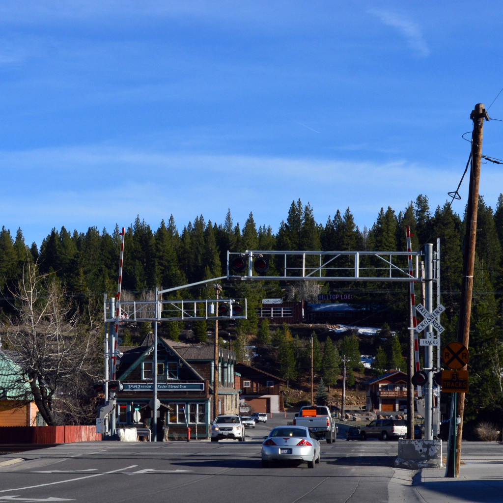 where to eat dinner in downtown truckee