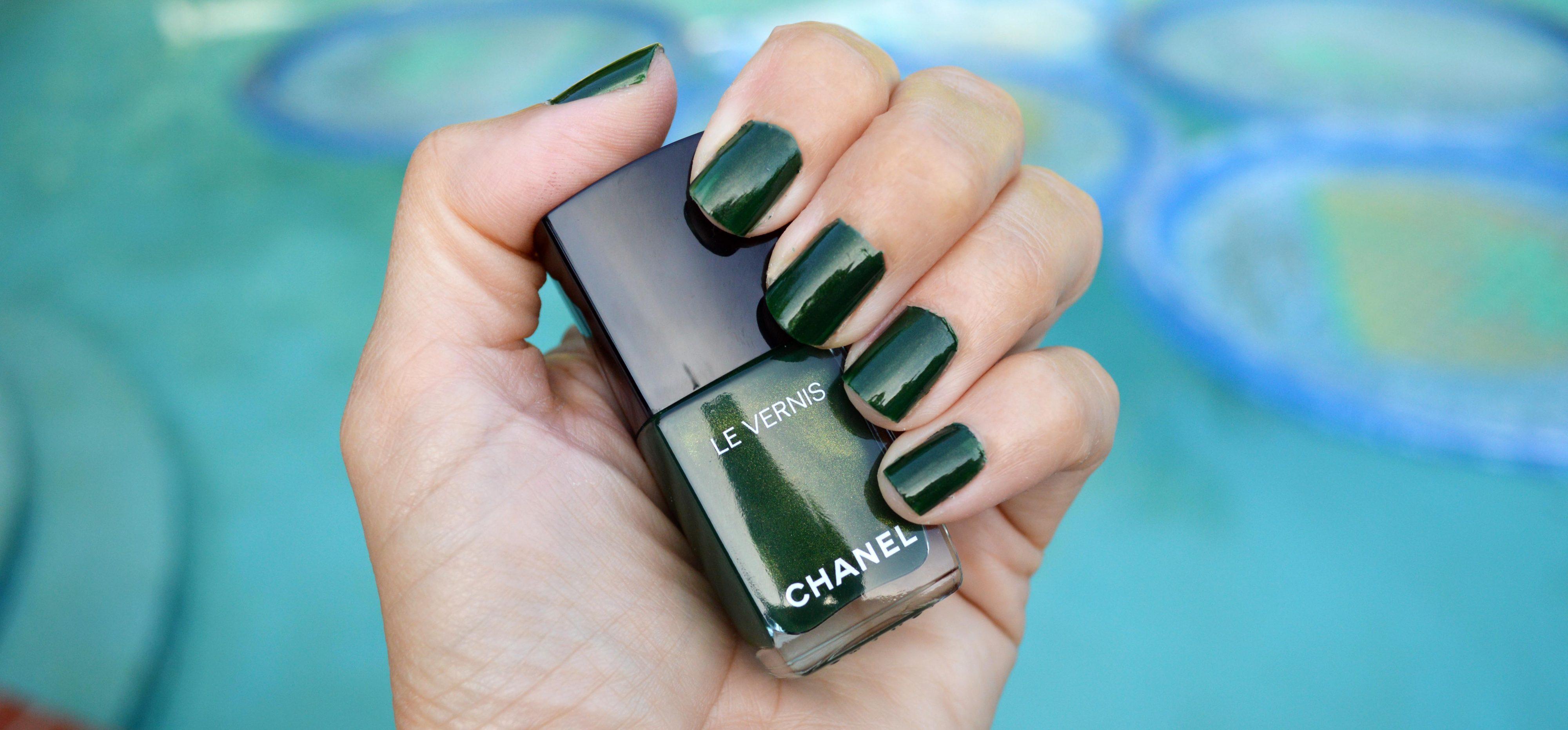 Chanel Emeraude nail polish for summer 2016 review