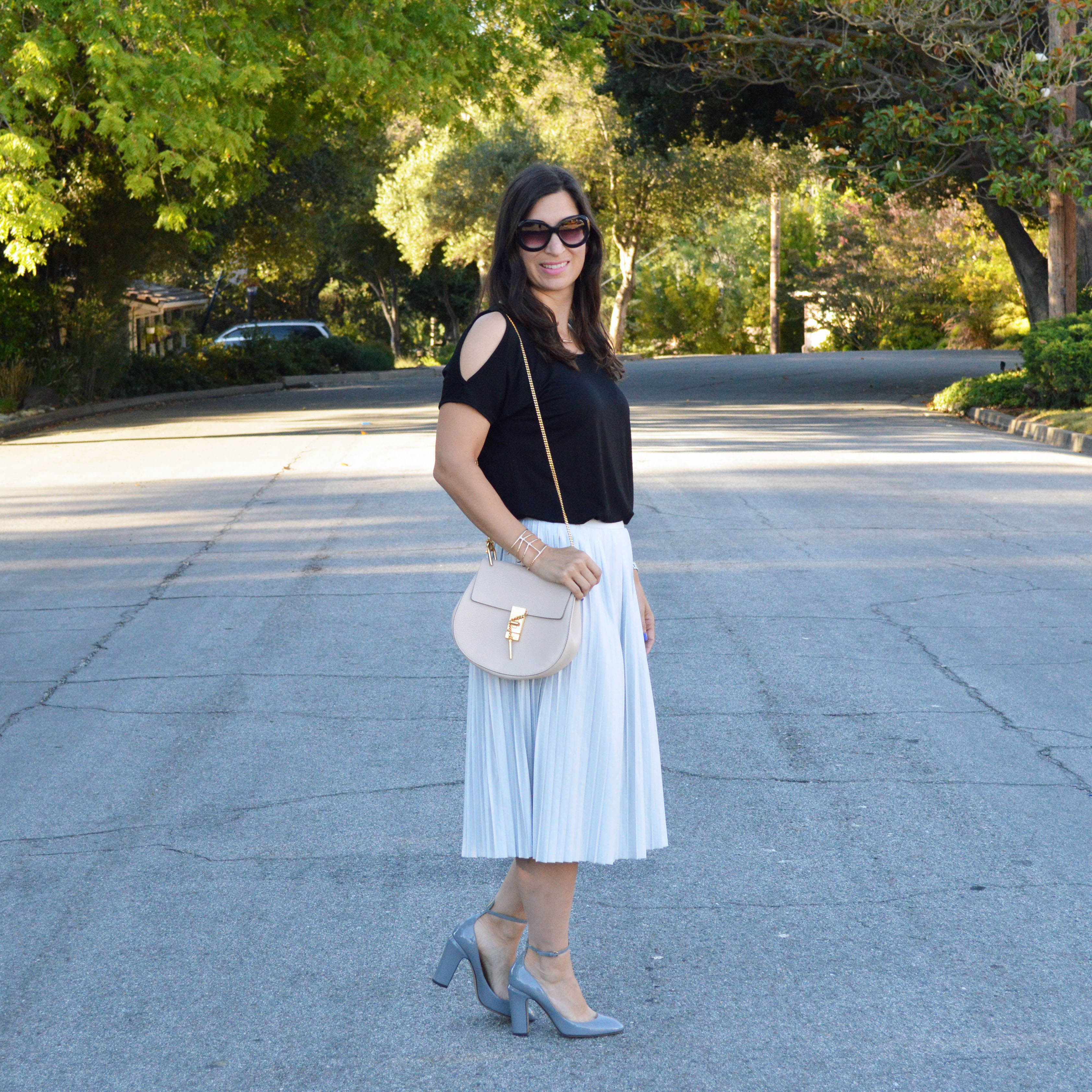 how to style a cold shoulder tee