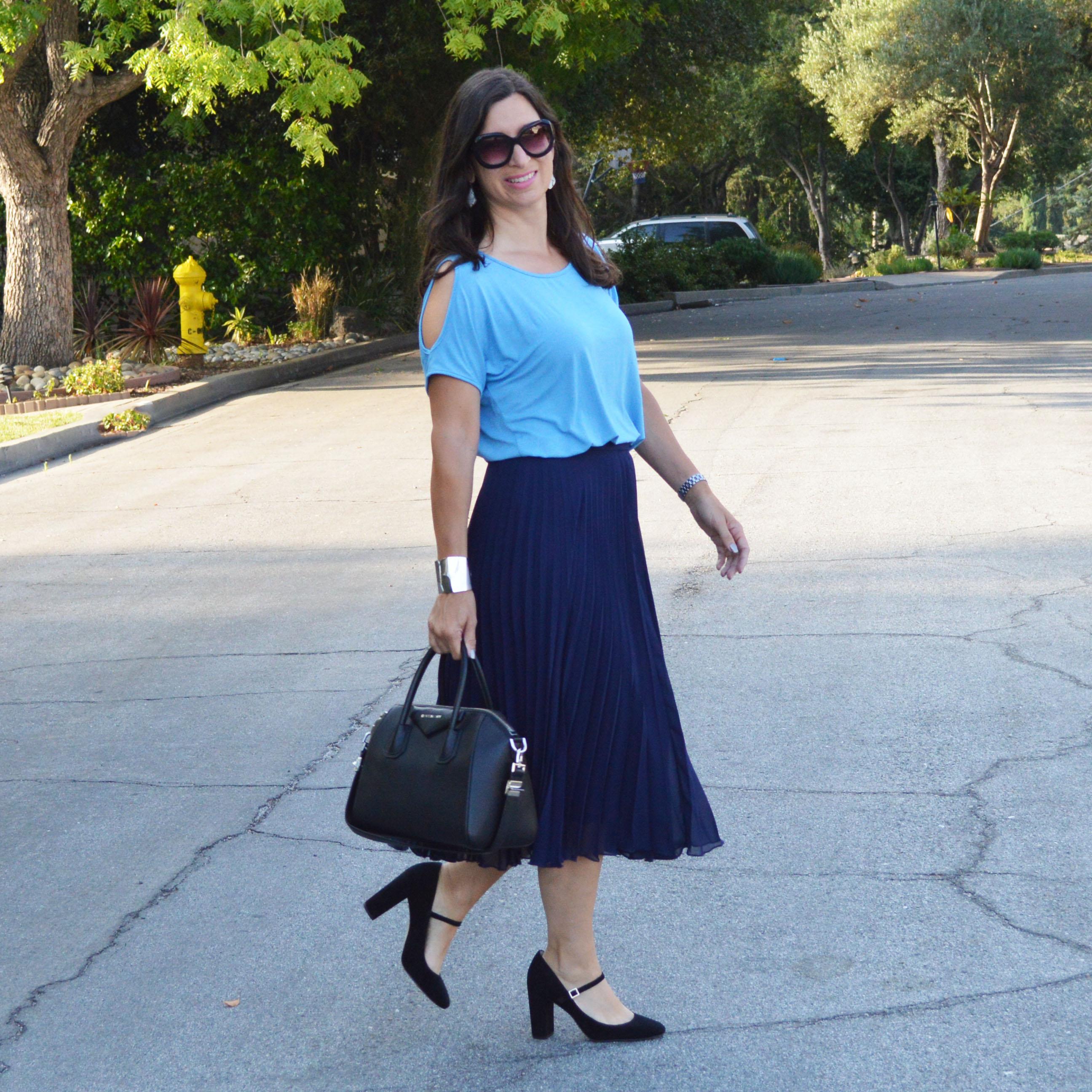 fall pleated skirt heels