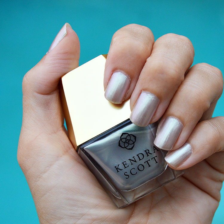 Kendra Scott Cool Iridescent nail polish review – Bay Area Fashionista