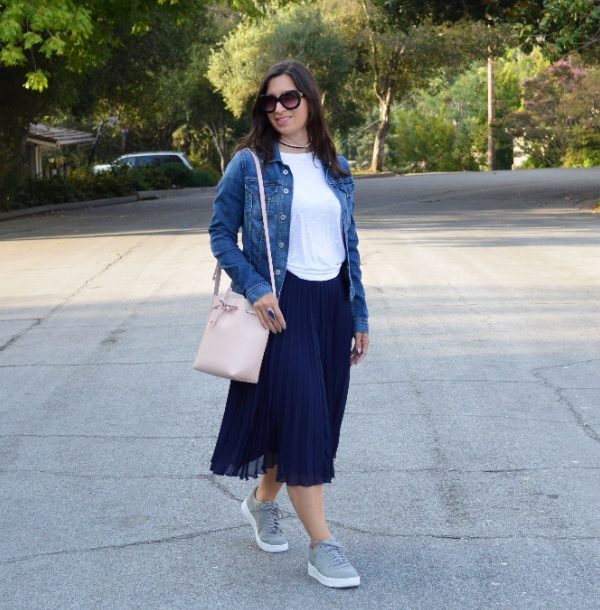 fall pleated skirt casual outfit idea
