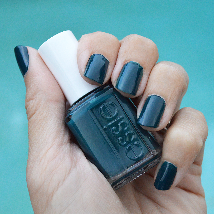 Essie Satin Sister nail polish review for winter | Bay Area Fashionista