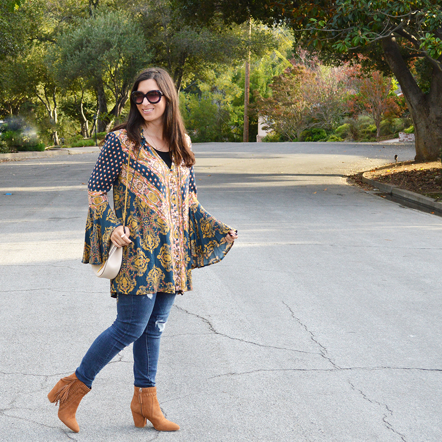 bell sleeves casual outfit idea