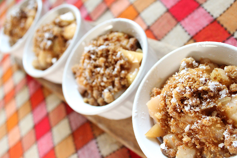 how to make easy apple crisp recipe holidays