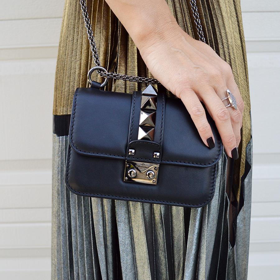 valentino rockstud noir handbag