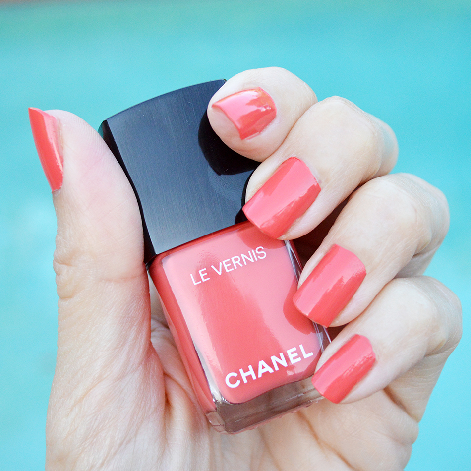chanel coralium nail polish cruise 2017 summer