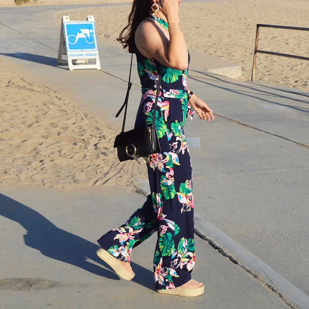 how to style floral jumpsuit